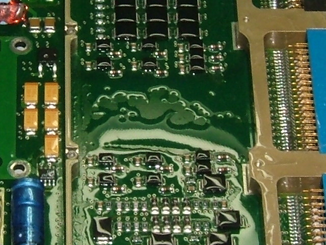 Conformal Coating dewetting due to low surface energy